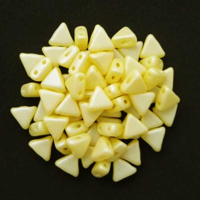 Picture of Kheops par Puca Beads | KP-02010/29301  Silky Lt. Yellow Pearl (9 g.)